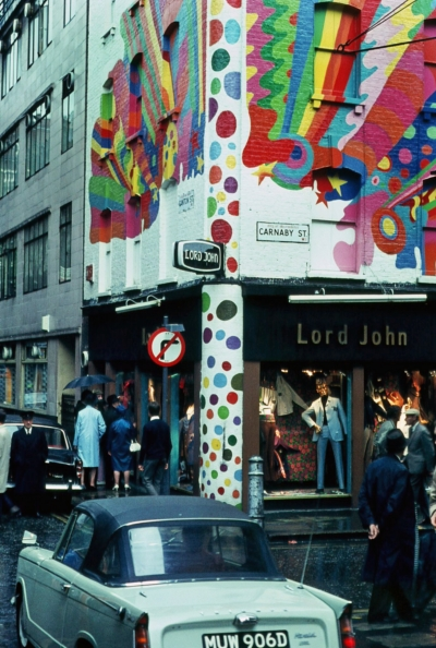 43 Carnaby Street 1968 a.jpg