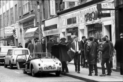 46-47 Carnaby Street 1966 February.jpg