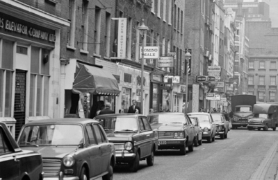 46-48 Carnaby Street 1967.jpg