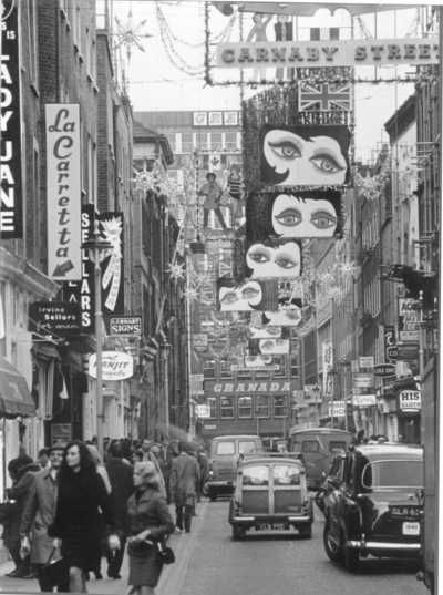 Carnaby Street 1967 - Christmas b.jpg