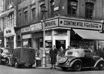 22-23 Frith Street 1955.jpg