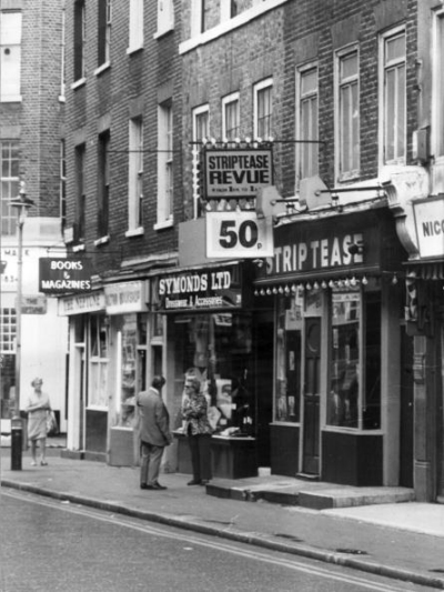 37-41 Frith Street 1971 August.jpg