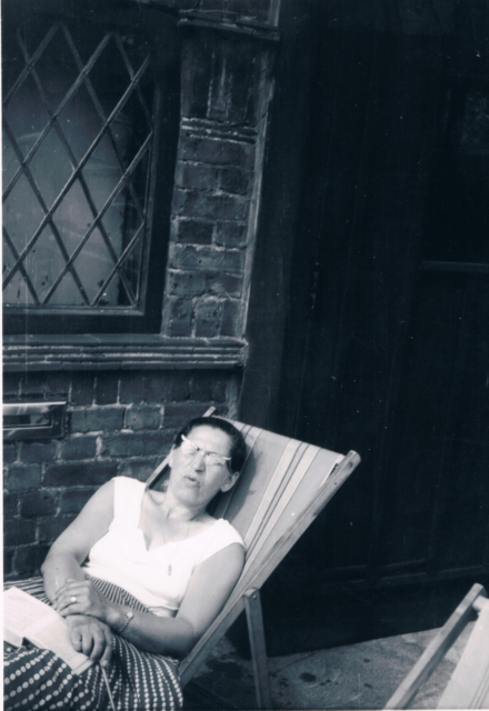 197x - Mum in deckchair 2.jpg