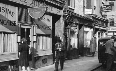 38 Old Compton Street 1947 - Chez Auguste.jpg