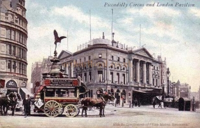 Piccadilly Circus 1886 - London Pavilion.jpg